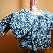 baby hat and sweater set/blue (3-6 mos)